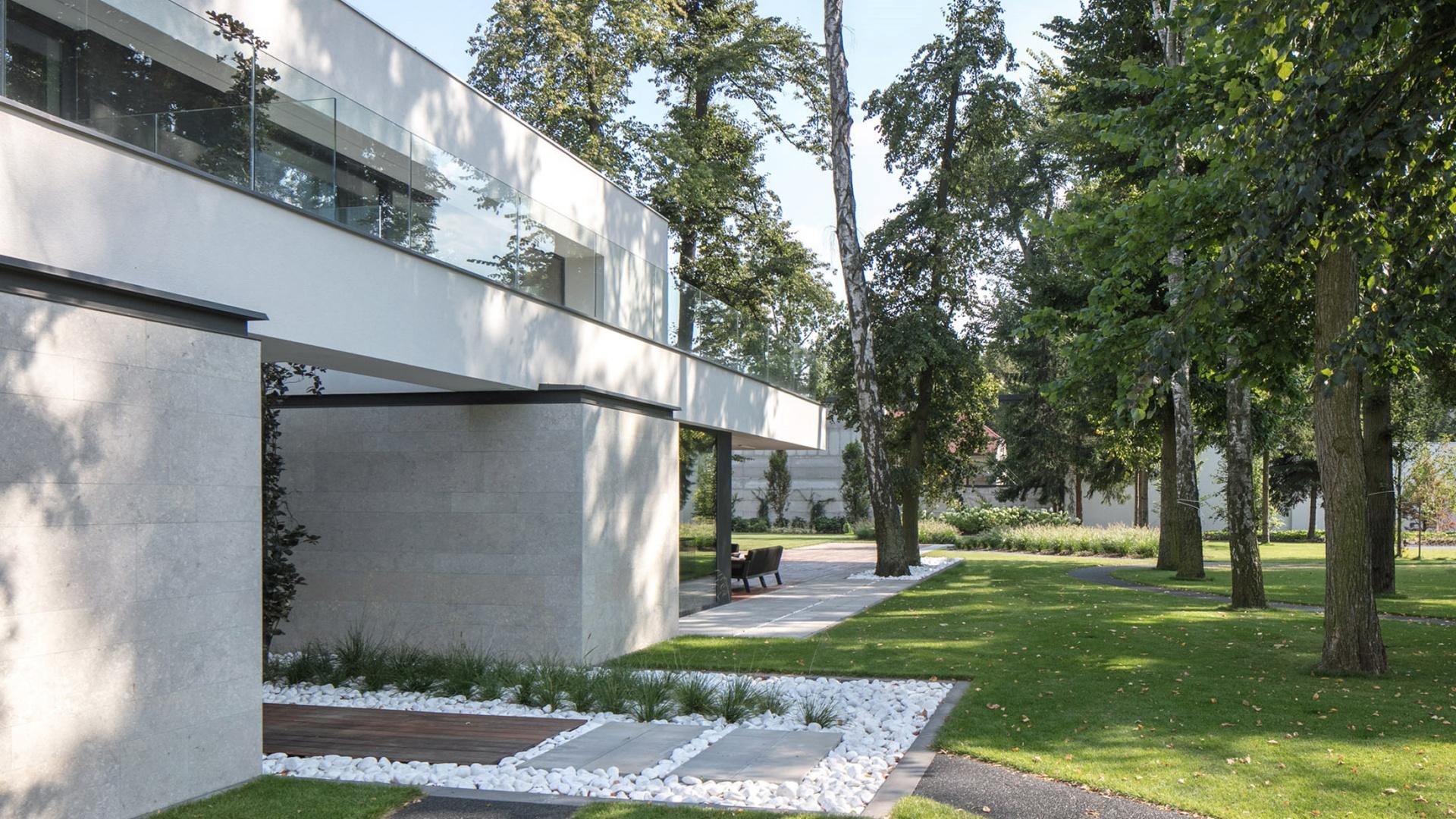 Dom RE: LONG HOUSE projektu architekta Marcina Tomaszewskiego REFORM Architekt