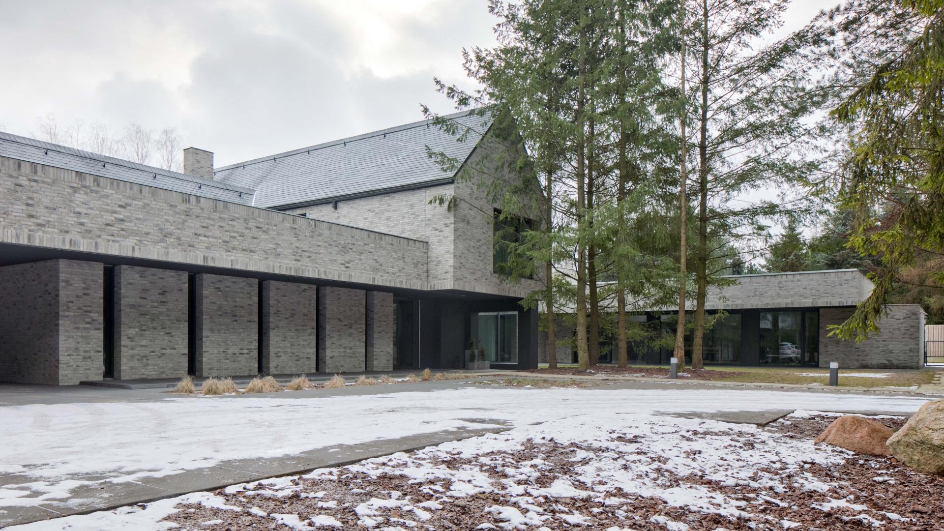 Dom RE: HORIZONTAL HOUSE projektu architekta Marcina Tomaszewskiego REFORM Architekt