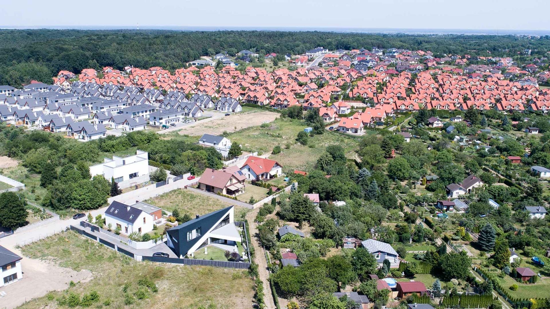 Dom RE:TRIANGLE HOUSE projektu architekta Marcina Tomaszewskiego REFORM Architekt
